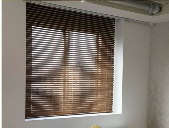 Wood Slats for Venetian Blinds for Interior or Exterior Window pictures & photos