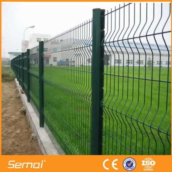 High Quality Cheap PVC Coated Welded Wire Mesh Triangle Fence pictures & photos