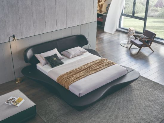 Latest Design Home Hotel Furniture Upholstered Leather Surface King Size Queen Airplane Bed