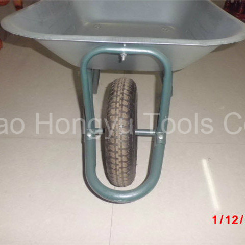 Zinc Coated Hand Tools Wheelbarrow pictures & photos