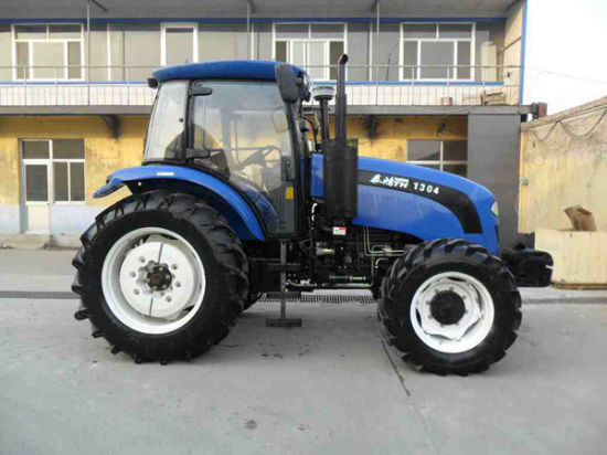 Economic High Quality Th1304 Tractor (130HP, 4WD)