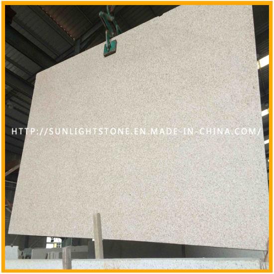 China Bushhammered Beigeyellow Colours Desert Gold Granite Floor
