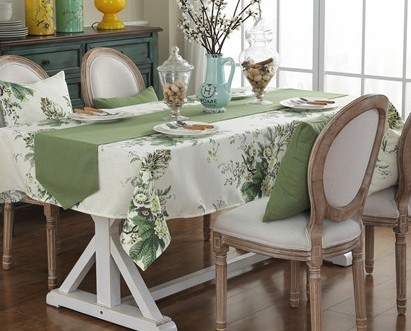 High Quality Embroidery Table Cloth Hotel Tablecloth