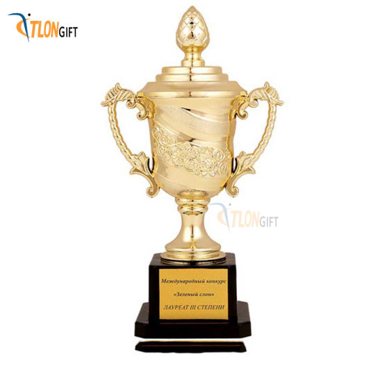 Attractive Design High Quality Gold Metal Award Trophy