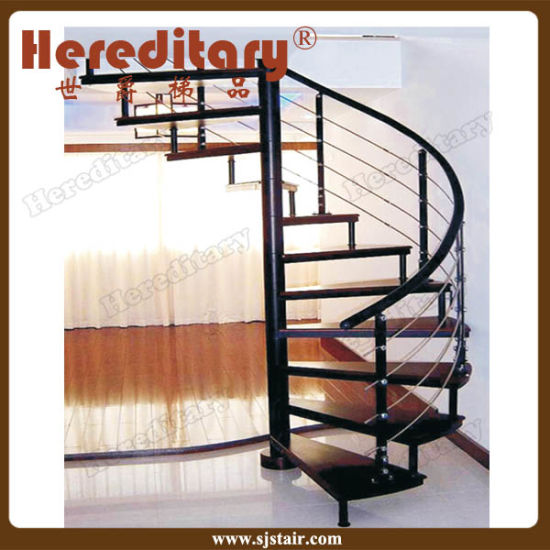 Indoor Wood Steps Mild Steel Spiral Staircase With PVC Handrail (SJ S002)