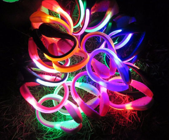 New Fashion LED Shoe Clip LED Lights with Custom Logo pictures & photos