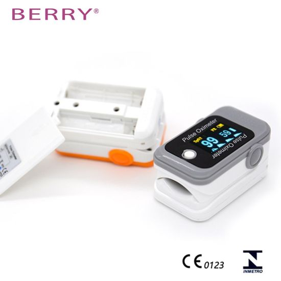Pulse Oximeter Health Care Product with Large Color Screen