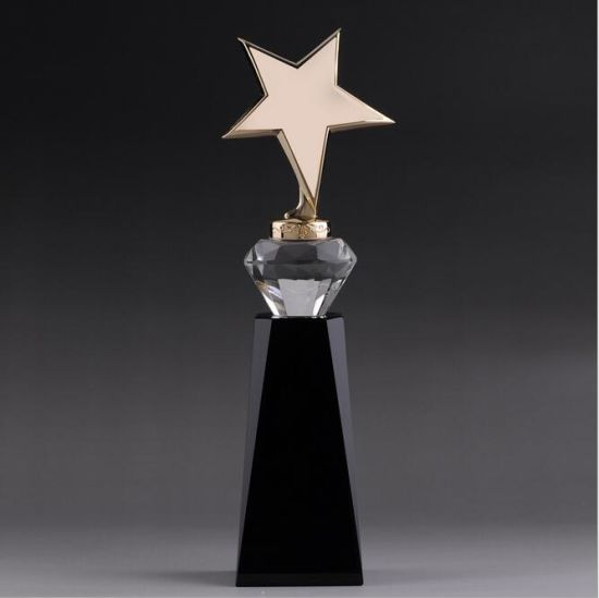 Gloden K9 Crystal Glass Trophy for Souvenir pictures & photos