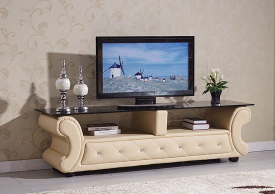 Living Room Furniture Chesterfield Wooden Sofa Set pictures & photos