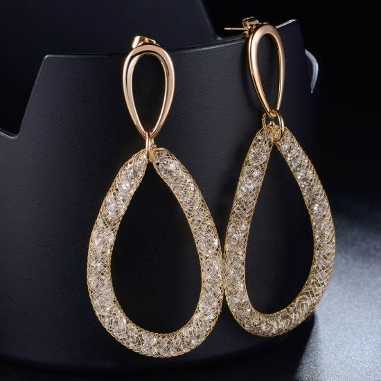 Fashion Bridal Gold-Color Hollow Oval Drop Crystal Jewelry Earrings pictures & photos