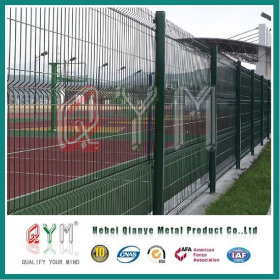 China Decorative Roll Loop Welded Wire Mesh Fence Gates Factory ...