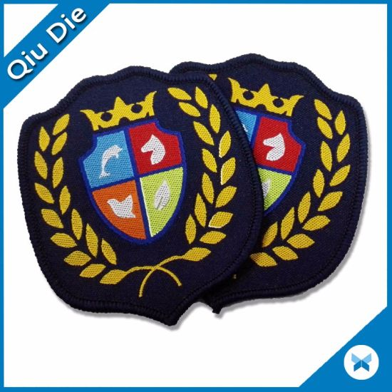 China Mic Latest Design Fashion Custom Embroidery Patches For