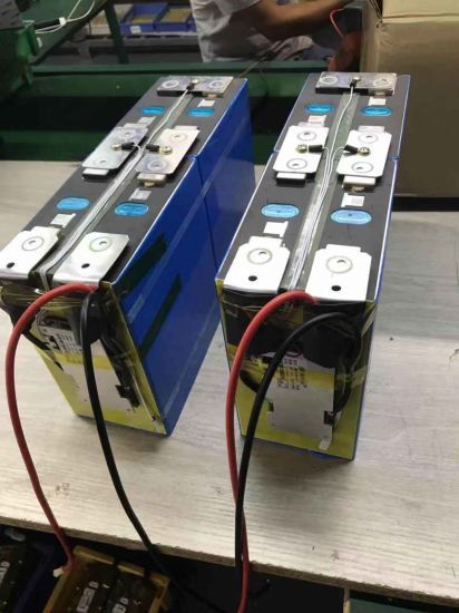 Customize Rechargeable LiFePO4 Battery Pack 12V 200ah for E-Vehicle Solar Battery