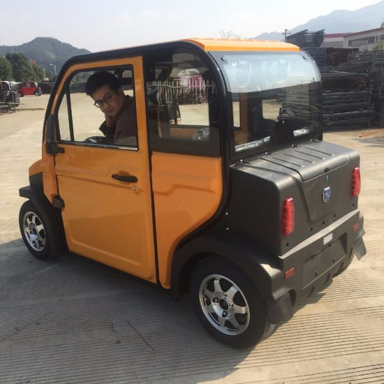Fashion Design Mini Car 4 Seats with DC Motor pictures & photos