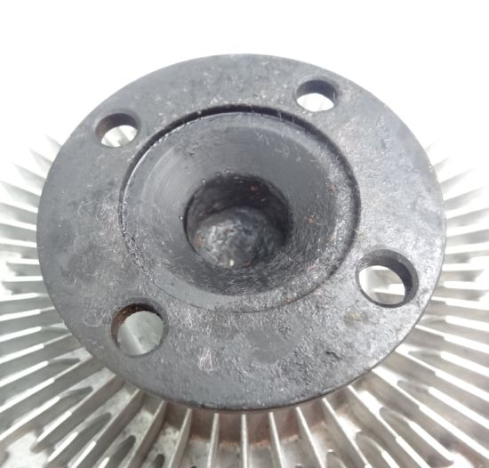 China Auto Parts Fan Clutch for Navara 2007-2010 Yd25 21082-Eb70c