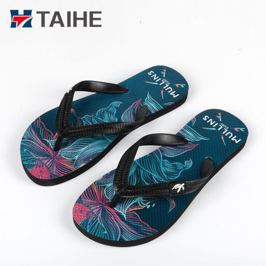 67a739857944d High Quantity UV Printing Custom Logo Slipper Rubber Flip Flops pictures    photos