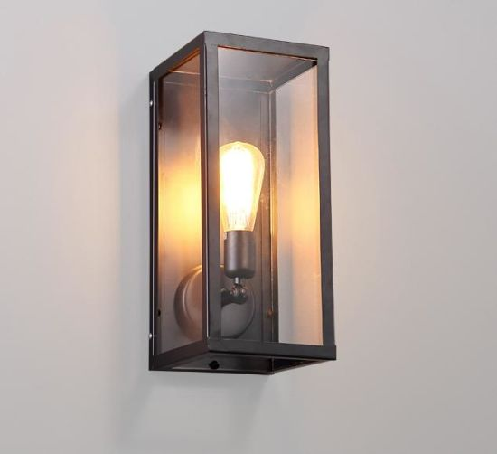 Metal Wall Lamp with Glass Shade (WHW-915)