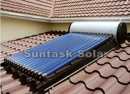 Roof Mounted Solar Energy Water Heater for Bathing