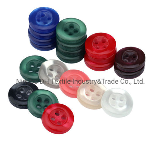 The Manufacturer of Plastic Shirt Button 4 Holes for Garments