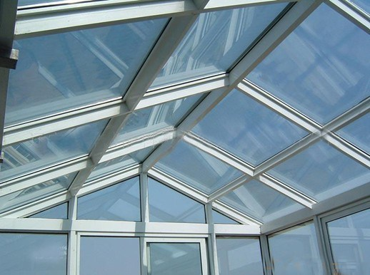 Best Selling Agricultural Glass Greenhouse with Hydroponic System