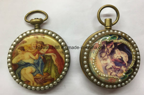 Popular 47mm Shinny Plain Pocket Watch with Chain pictures & photos