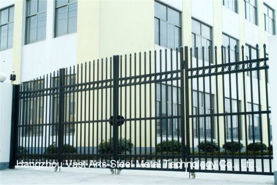 Haohan High-Quality Exterior Security Decorative Wrought Iron Fence Door 2 pictures & photos