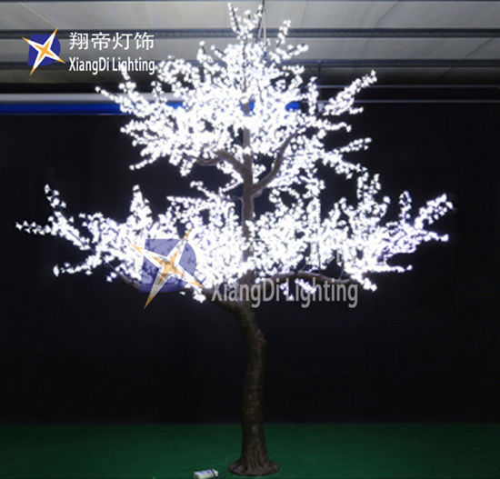 Green Color Battery Powered Base Mini Led Tree 20ft 30ft 40ft 50ft Giant Outdoor Lighting Christmas Tree