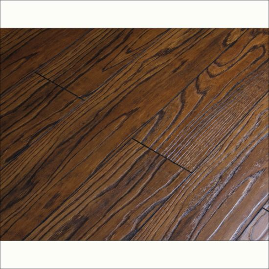 Parquet Eir Laminate Flooring 8.3mm Made in Changzhou pictures & photos