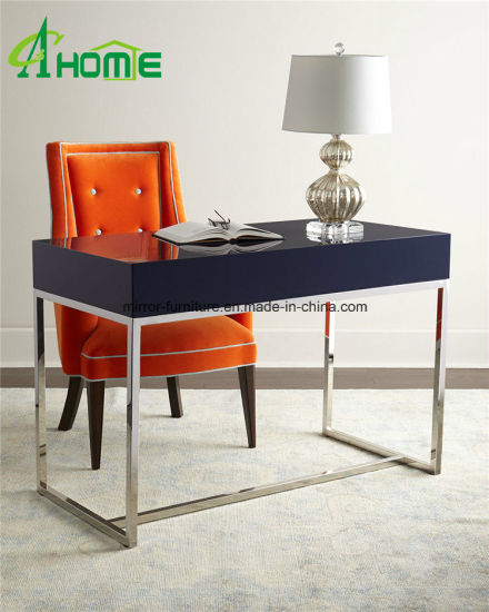 Home Decorative New Design Antiqued Stainless Material Mirrored Console Table pictures & photos