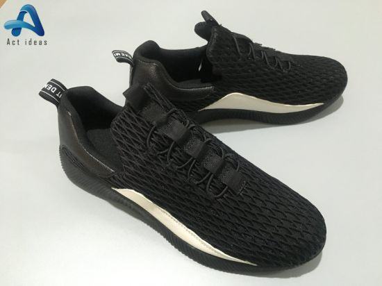 Latest Design China Factory Customize Sport Shoes for Men 2019