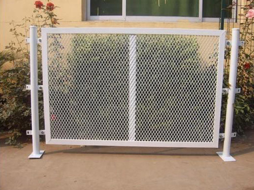 Galvanized Iron Expaned Wire Mesh in Sheet pictures & photos