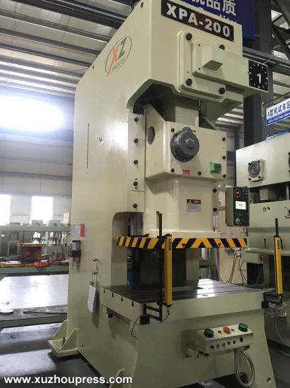 China 200ton Speed Adjustable High Precision Punch Press