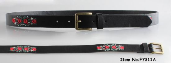 2017 New Fashion Women Belt Embroidery pictures & photos
