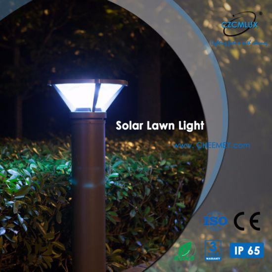 High Efficiency LED Solar Garden Light