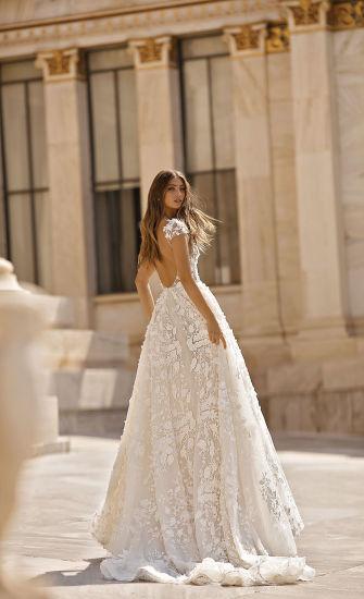 Sexy V-Neck Lace Cap Straps Mermaid Bridal Gown Wedding Dress