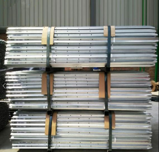 Australia Hot DIP Galvanized Y Star Picket/Y Fence Post/Fence Post pictures & photos
