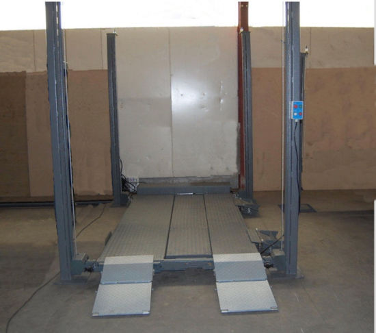 Hot Sale China Made Four Column Car Parking Lifter with Ce