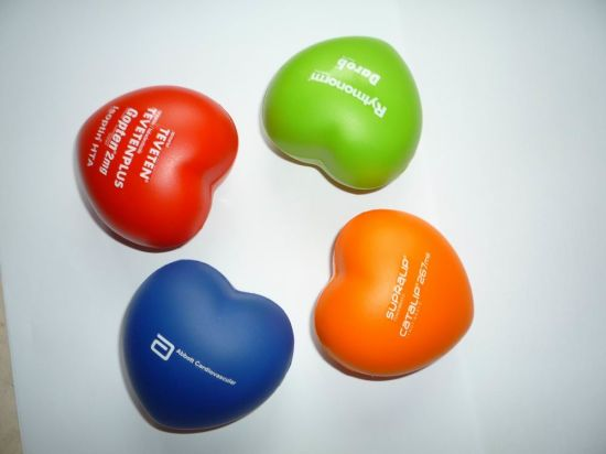 Wholesale PU Foam Squeeze Toy Valentine Hearts Promotional Stress Balls pictures & photos
