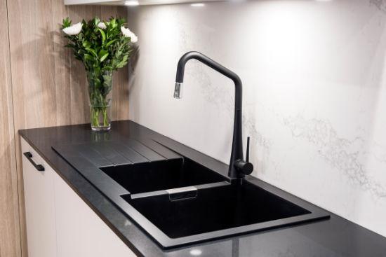The Perfect Combination of Quartz Stone and Kitchen Cabinet