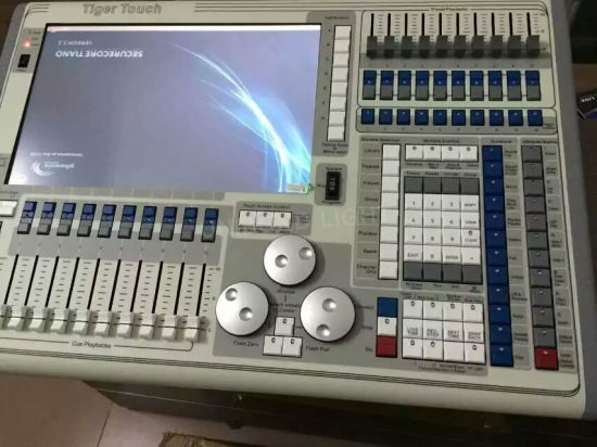 Hot Sale Stage Light Console Tiger Touch DMX Controller and Lighting Controller pictures & photos