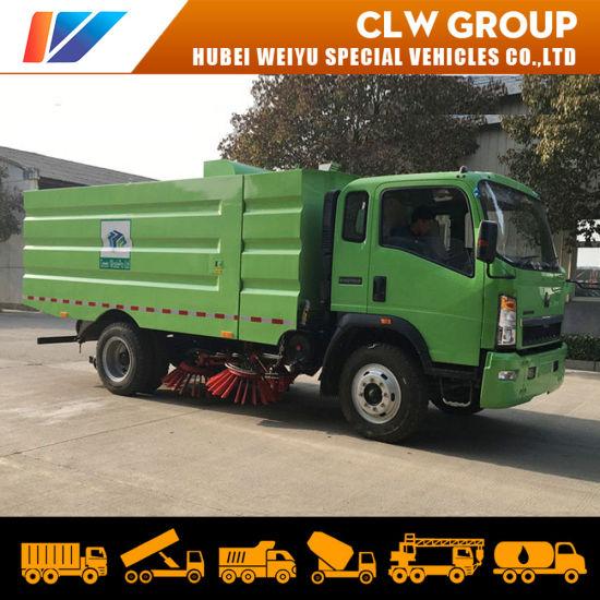 Rhd Hot Area Automatic Garbage Sweeping 5ton Sinotruk HOWO Truck Vacuum Sweeper