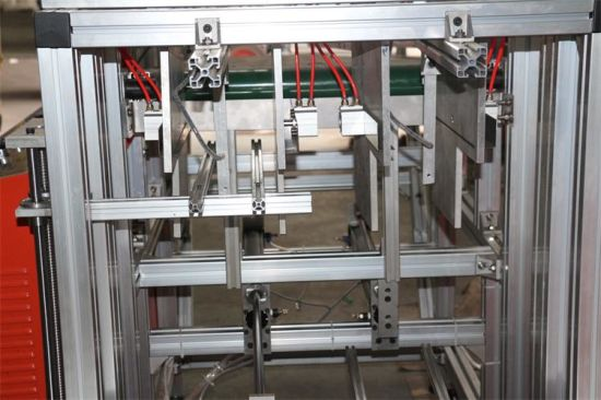 Automatic Aluminium Foil Container Making Machinery pictures & photos