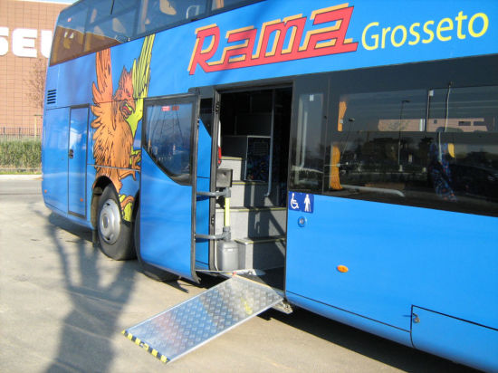 Ewr-L Electric Wheelchair Ramp for Bus with Ce Certificate pictures & photos