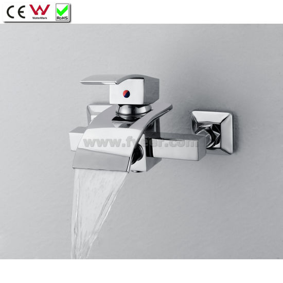 Merveilleux Wall Mounted Bath Tap Waterfall Brass Bathtub Faucet With Diverter (QH0517W)