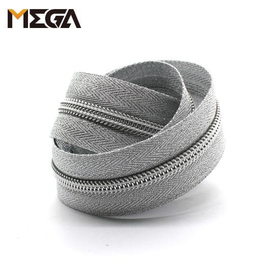 Silver Nylon Zipper Silver Tape Silver Tooth Nylon Zipper