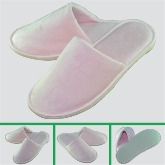 Thicker Sole Pink Velour Embroidery Hotel Slipper for Woman