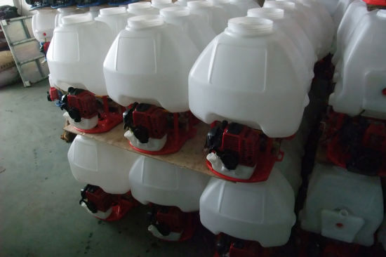 Backpack Gasoline Power Sprayer with Good Quality pictures & photos