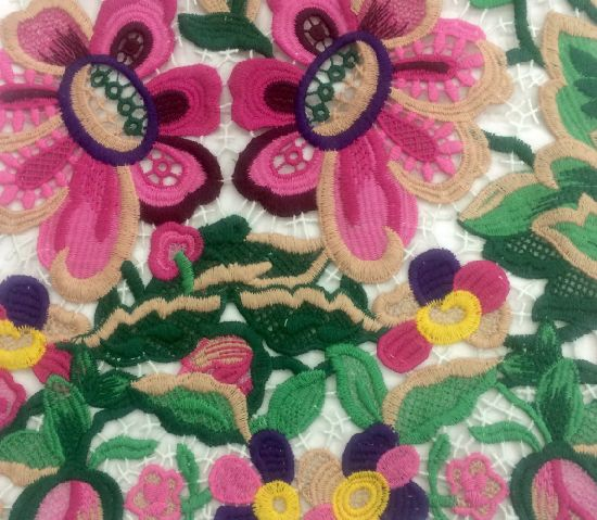 Water Soluble Hollow out Embroidery Lace for Garment Accessories