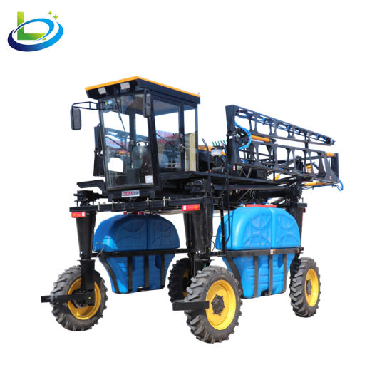 Self Propelled 4 Wheel Drive Agriculture Farm Tractor Sprayer Pump for Farm  Using