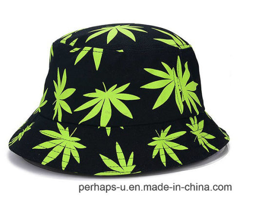 Flouncing Edges Bucket Hat with Maple Leaf Print pictures & photos